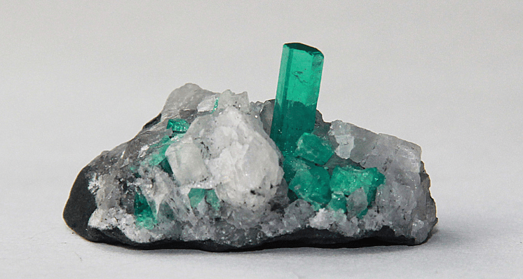 Birthstone Guide: Emerald for Those Born in May