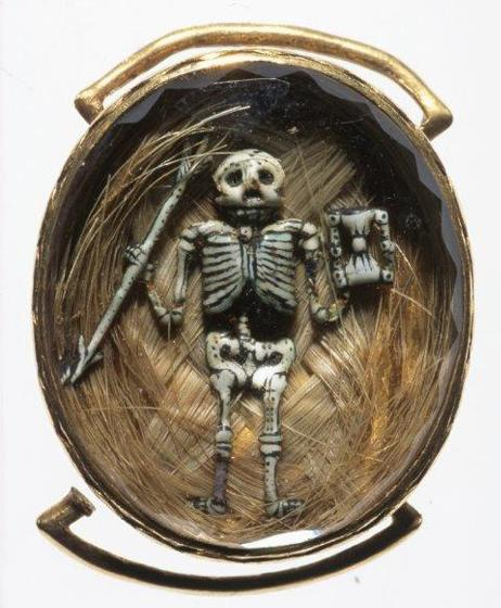 17th Century Memento Mori Slide. Photo supplied by John Benjamin.
