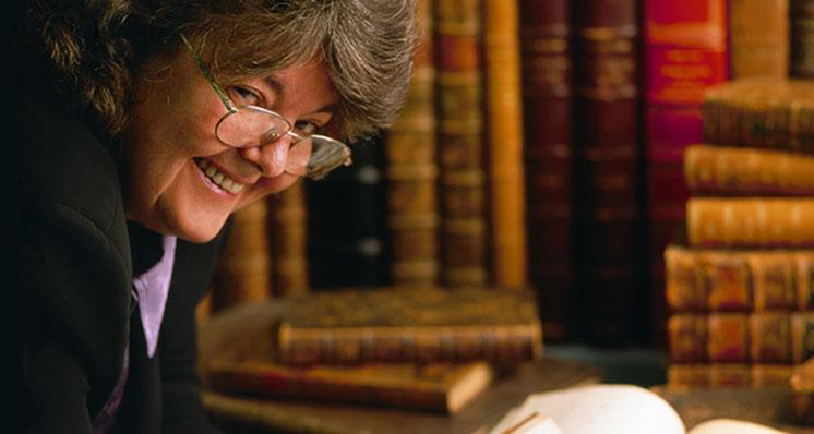 GIA Pioneer and Leading Librarian Dona Dirlam Retires after 38 Years