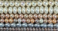 Birthstone Guide: Pearls for Those Born in June