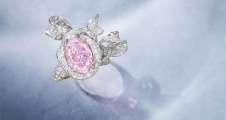 Rare 4.23ct Fancy Pink-Purple Diamond Hits $1.1m at Auction